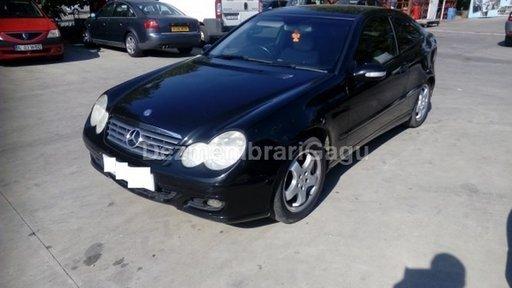 Dezmembrez Mercedes C-CLASS 203, an 2004