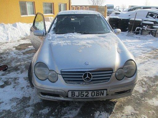 Dezmembrez Mercedes C Class Coupe Sport CL203 2.2 cdi 2003