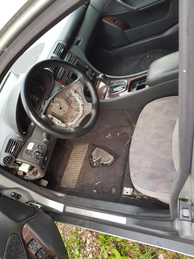 Dezmembrez Mercedes C-CLASS W203 2002 sedan 2.2cdi