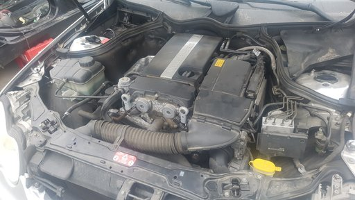 Dezmembrez Mercedes C-CLASS W203 2004 Berlina 1.8 kompressor