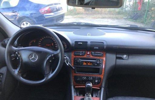 Dezmembrez Mercedes C-Class,w203,automatic,2.2 CDI,orice piesa,motor 2148 cmc,143 CP,OM611,
