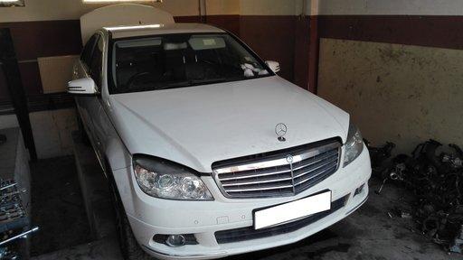 Dezmembrez Mercedes C200 An fabricatie 2010, W204, Elegance