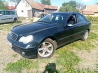 Dezmembrez Mercedes C200 CDI, an 2004