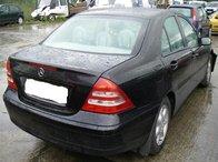 Dezmembrez Mercedes C220 an 2004 2.2CC