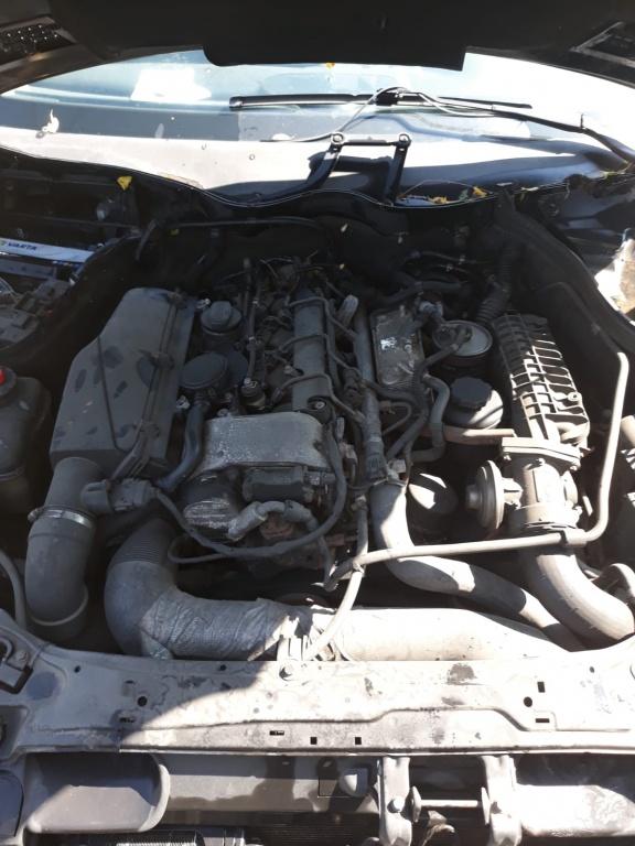 Dezmembrez Mercedes C220 cdi 2003