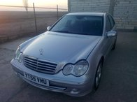 Dezmembrez Mercedes C220cdi 110kw din 2005 facelift