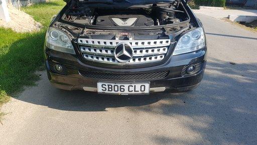 Dezmembrez Mercedes Clasa Ml 320 W 164