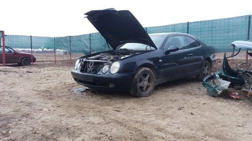 Dezmembrez Mercedes CLK 208 1999 3.2 benzina