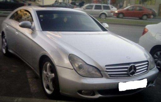 Dezmembrez Mercedes CLS 500 w219 2007
