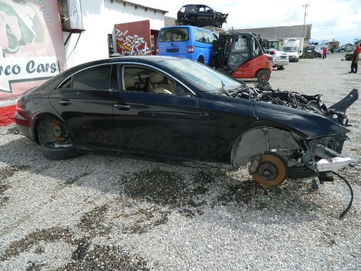 Dezmembrez Mercedes CLS din 2006