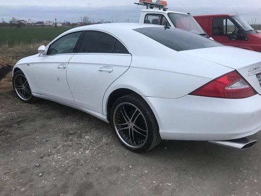 Dezmembrez Mercedes CLS W219 2005 berlina 3.5