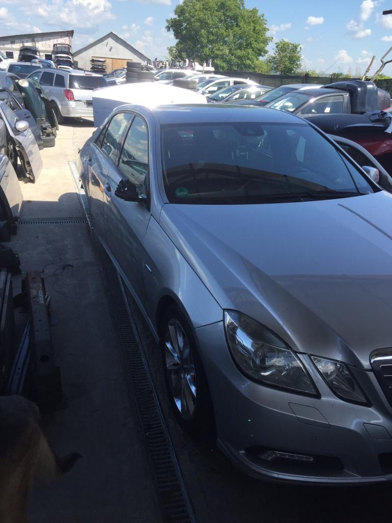Dezmembrez Mercedes E clas w212 din 2010 E250 motor 2.2 biturbo