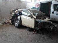 Dezmembrez Mercedes E - CLASS 2.2 W212 2010