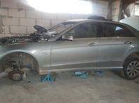 Dezmembrez Mercedes E class W 212 2010