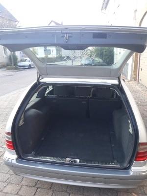 Dezmembrez Mercedes E-CLASS W210, 2.2 cdi 105 kw an 2003