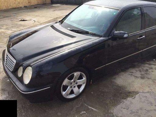 Dezmembrez mercedes e class w210 facelift 2000-2002