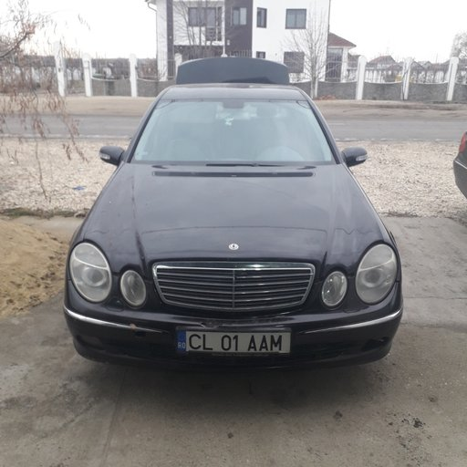 Dezmembrez Mercedes E-CLASS W211 2002 Berlina 2.7
