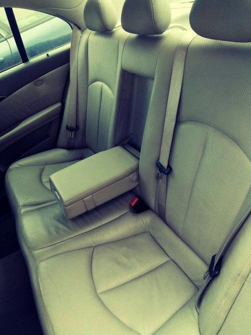 Dezmembrez Mercedes E-CLASS W211 2003 Berlina 3222
