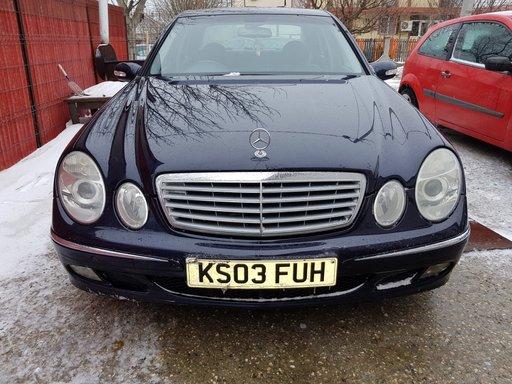 Dezmembrez Mercedes E-CLASS W211 2004 Berlina 2.7 D