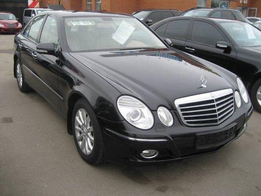 Dezmembrez Mercedes E-CLASS W211 2006 3.0 CDI