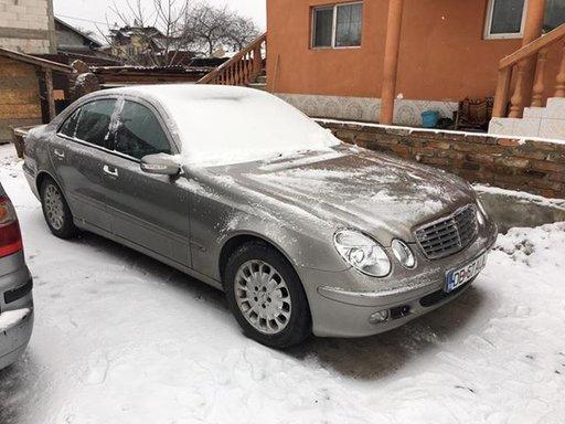 Dezmembrez Mercedes E class w211 an 2006 2.2 cdi