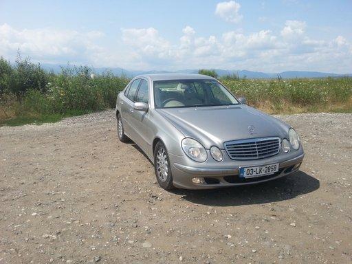 Dezmembrez Mercedes E-Klasse (W 211)