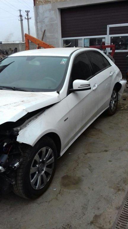 Dezmembrez Mercedes E220 CDI , W212, An fabricatie 2011