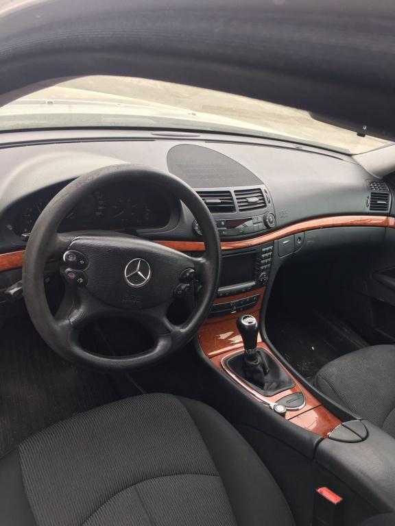 Dezmembrez mercedes E220 w211 170cp, an 2007