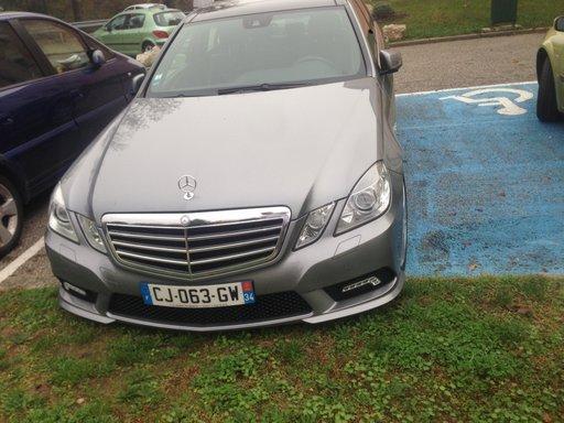 Dezmembrez Mercedes Eclass 2011 - W212