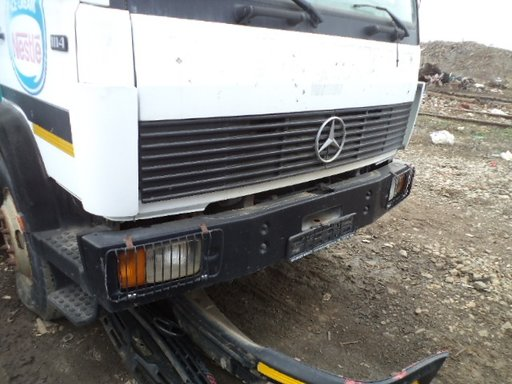 Dezmembrez Mercedes fabricatie 1996 motor 5958 cc Diesel, 102 kw, tip motor OM366.I