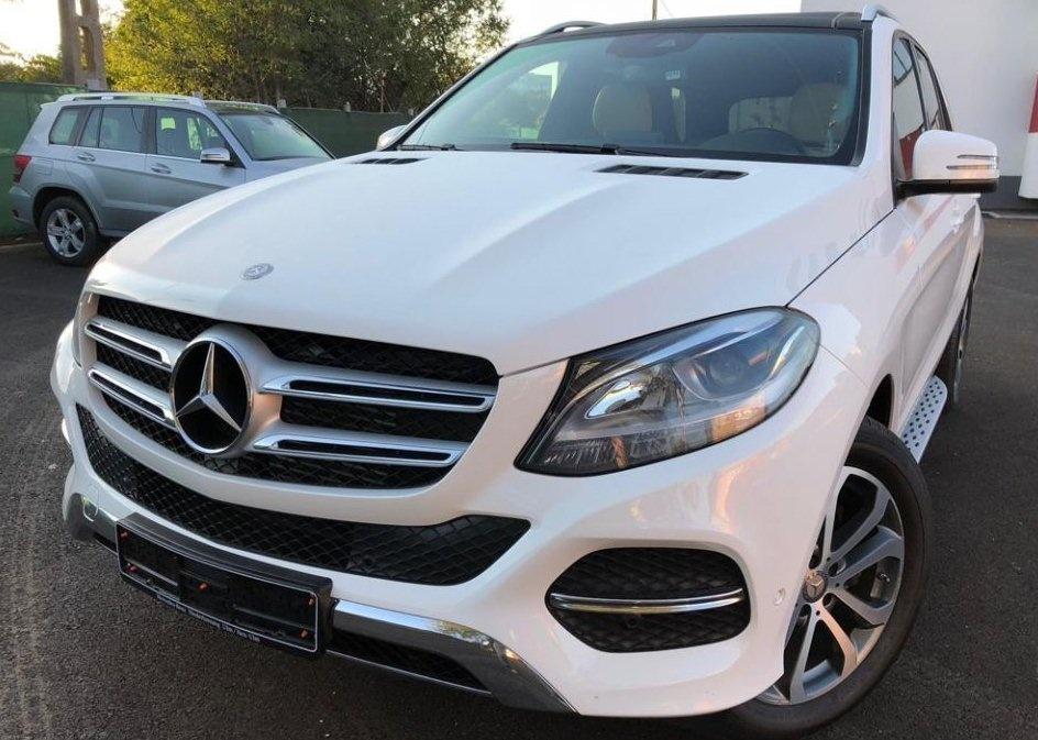 Dezmembrez Mercedes GLE 350