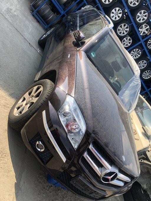 Dezmembrez Mercedes GLK X204