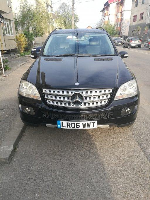Dezmembrez Mercedes ML 320 cdi w164 an 2007