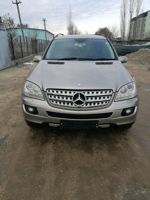 Dezmembrez Mercedes ML 320 din 2006 W 164