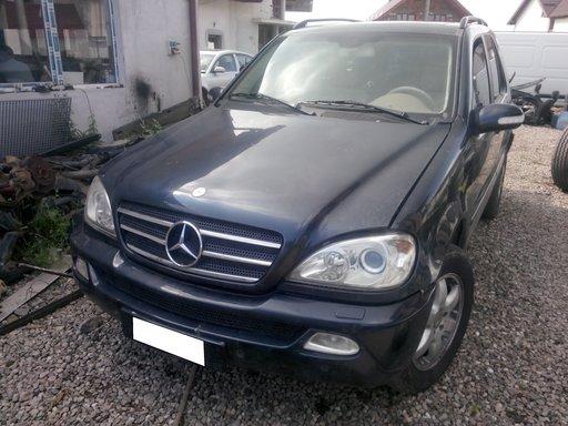 Dezmembrez Mercedes ML W163 400 CDI, V8