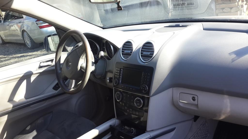 Dezmembrez Mercedes ML W164 320 CDI 2006
