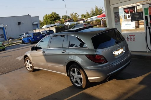 Dezmembrez Mercedes R-CLASS W251 2009 SUV facelift long 3.0cdi