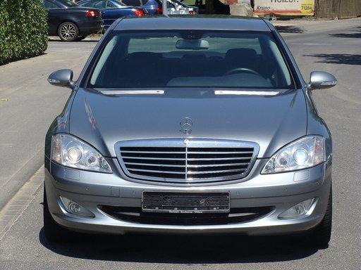 Dezmembrez Mercedes S 320 W221 din 2007 - 7G tronic - orice piesa