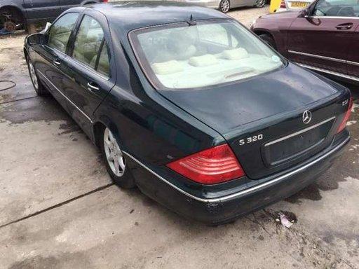 Dezmembrez Mercedes S class Facelift