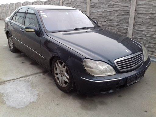 Dezmembrez Mercedes S-Class W220 3.2 cdi 2002
