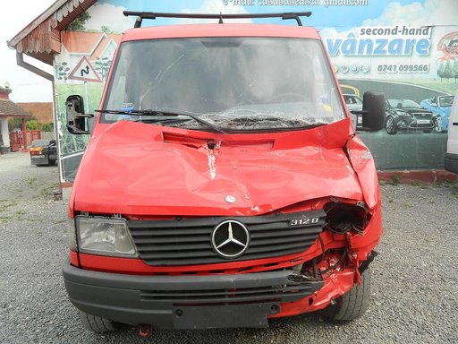 Dezmembrez Mercedes Sprinter,1997-2000