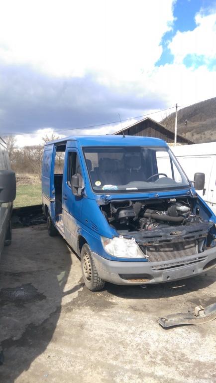 Dezmembrez Mercedes Sprinter 313, 2.2 CDI, 2008, MODEULUL NOU