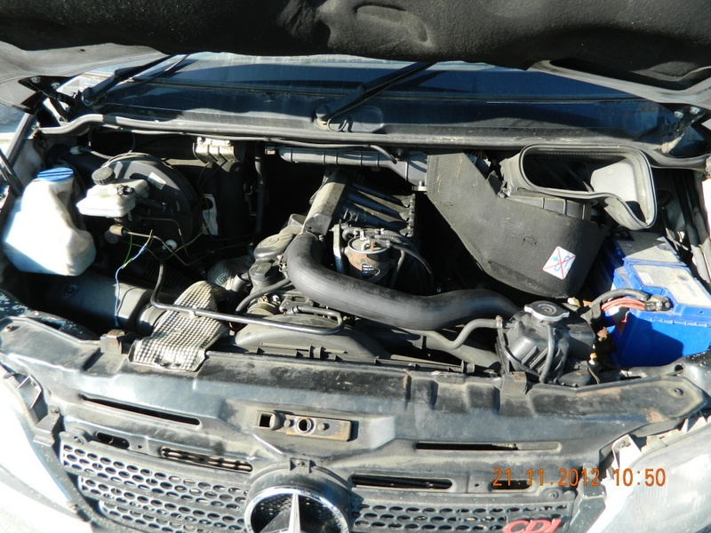 Dezmembrez MERCEDES SPRINTER, model masina 2002 Oradea