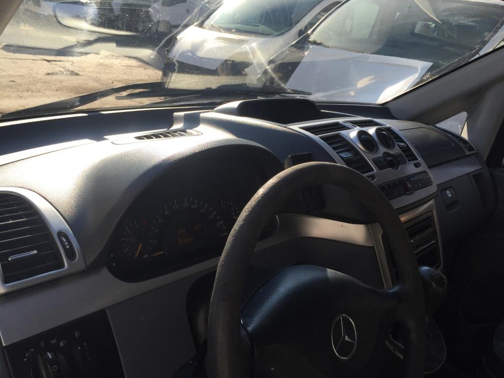 Dezmembrez Mercedes Vito 2.2 CDI W639