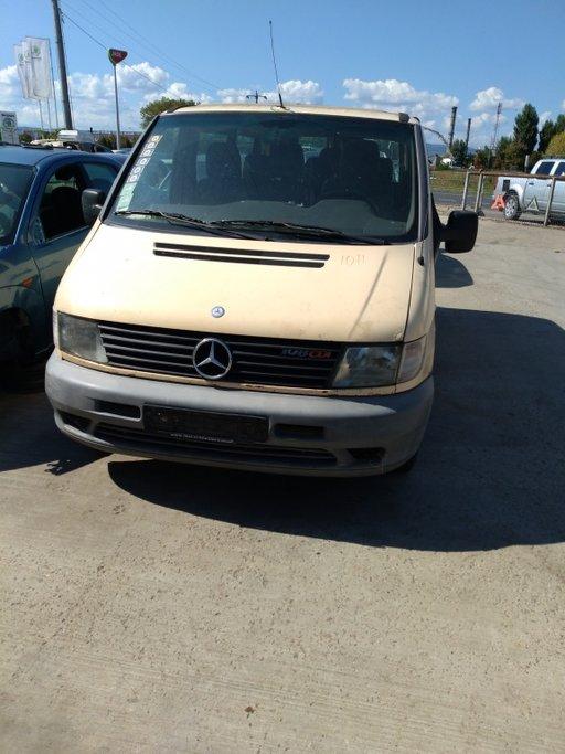 Dezmembrez Mercedes Vito an2003 motorizare 2.2CDI