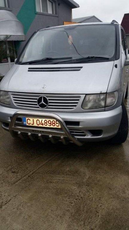 Dezmembrez Mercedes Vito model masina 2000 Oradea