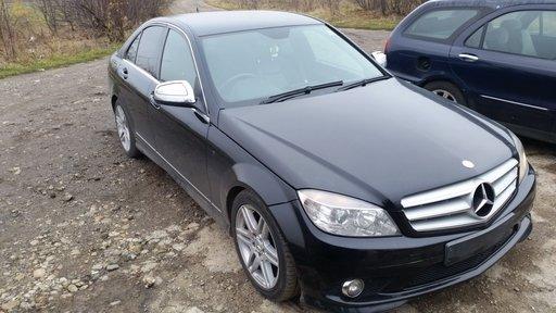 Dezmembrez Mercedes W204 - C 220 CDI