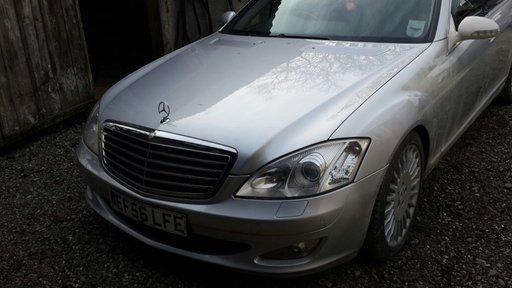 Dezmembrez Mercedes W221, S320, An 2008