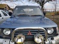 Dezmembrez Mitsubishi Pajero an 1995