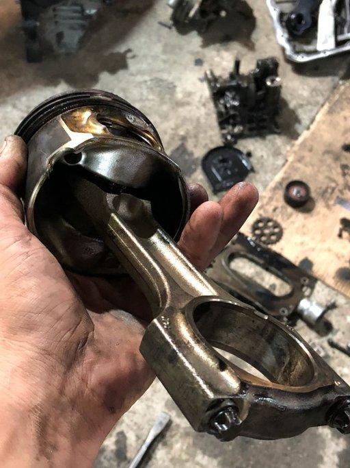 Dezmembrez motor 3.0 diesel N57B30A F01 F10 E70 E90